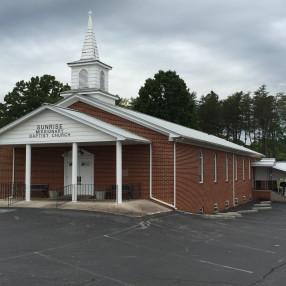 Sunrise Baptist Church in Bulls Gap,TN 37711