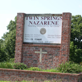Powell Twin Springs Church of the Nazarene in Pineville,MO 64856