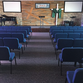 Crossroads Assembly of God in Burbank,IL 60459
