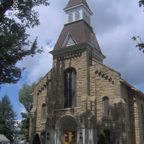 Saint Titus Roman Catholic Church in Titusville,PA 16354-1516
