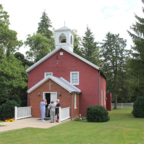 Grace Lutheran Church in Luray,VA 22835