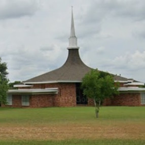 Family Worship Center in Luling,TX 78648