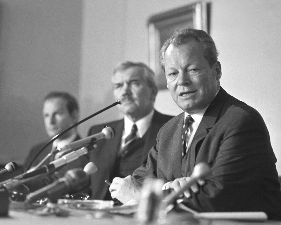 Willy Brandt var en av de tyske sosialdemokratene som flyktet fra Nazi-Tyskland til Norge. Senere ble han forbundskansler i Vest-Tyskland.