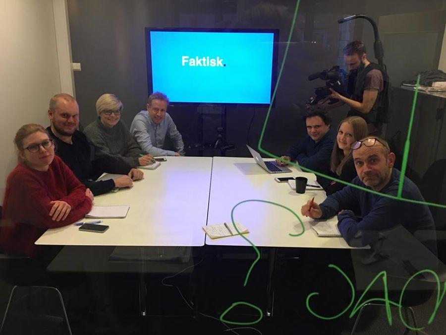 Bildene viser de første opptakene i Faktisk.nos lokaler som skal brukes i forbindelse med den nye sekvensen i neste sesong av Forbrukerinspektørene på NRK 1.