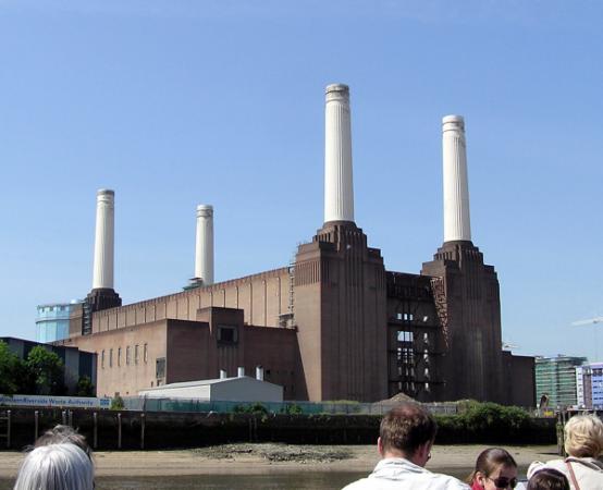 Hotels near Battersea Power Station