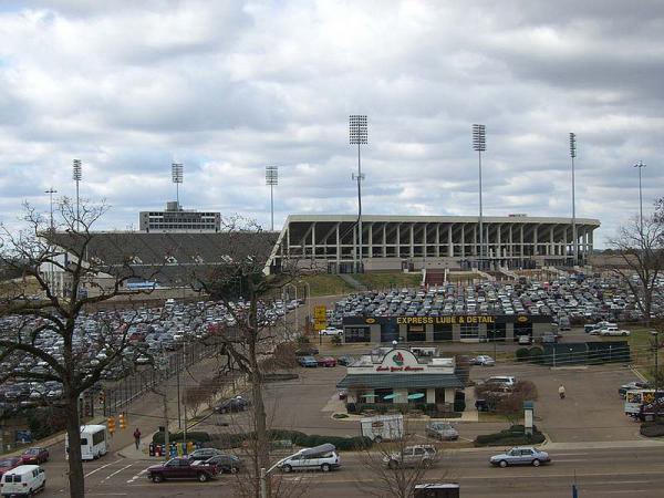 Hotels near Mississippi Veterans Memorial Stadium