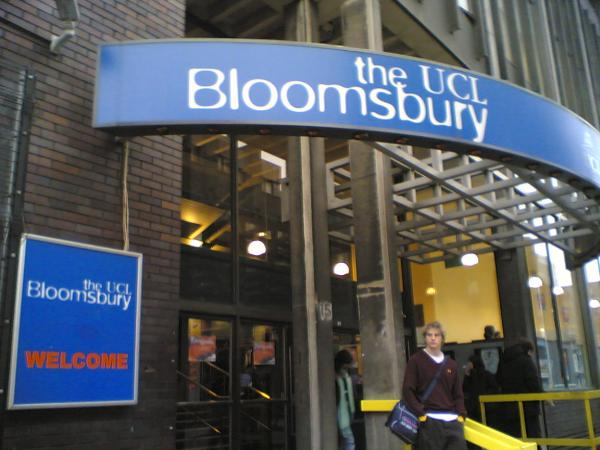 Hotels near Bloomsbury Theatre