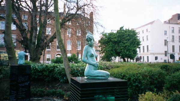 Hotels near Merrion Square Park