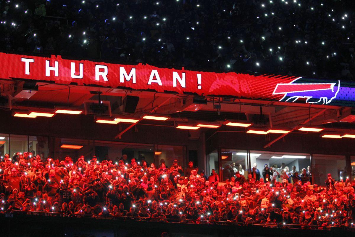 Thurman Thomas Has Big Night