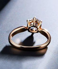 Flambouyant Women Engagement Rings