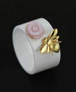 Cute Bee Kiss Rose Ring