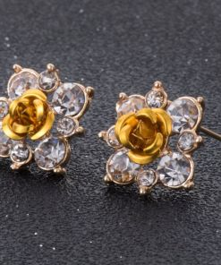Rosy Natural Beauty Stud Earring