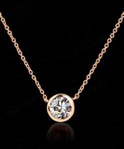 Exceptional Designer?s Glitzy Chain Necklace