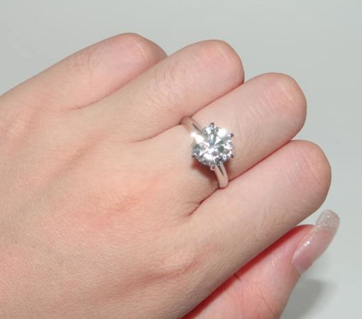 Spotless White Gold Ring
