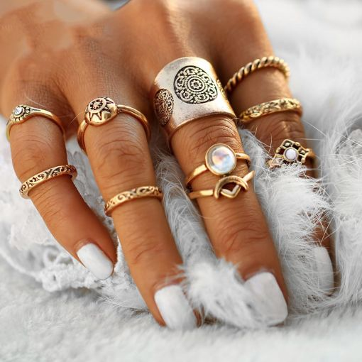 Charming Vintage Flawless Ring Set