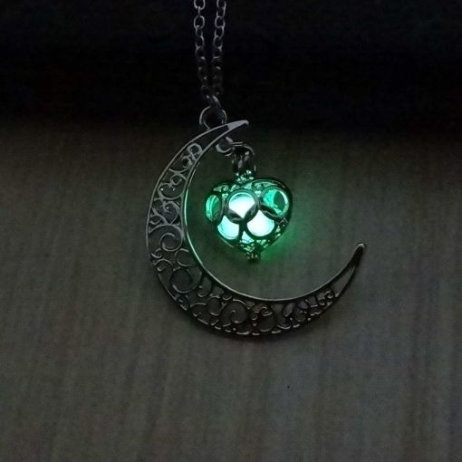 Lovely Hollow Moon Necklace
