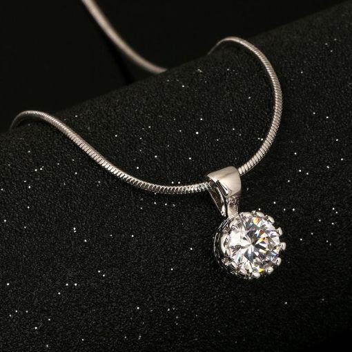 Noble Quaint Crown Necklace