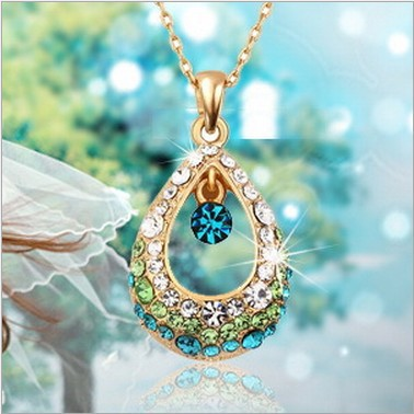 Beautiful Dazzling Necklace