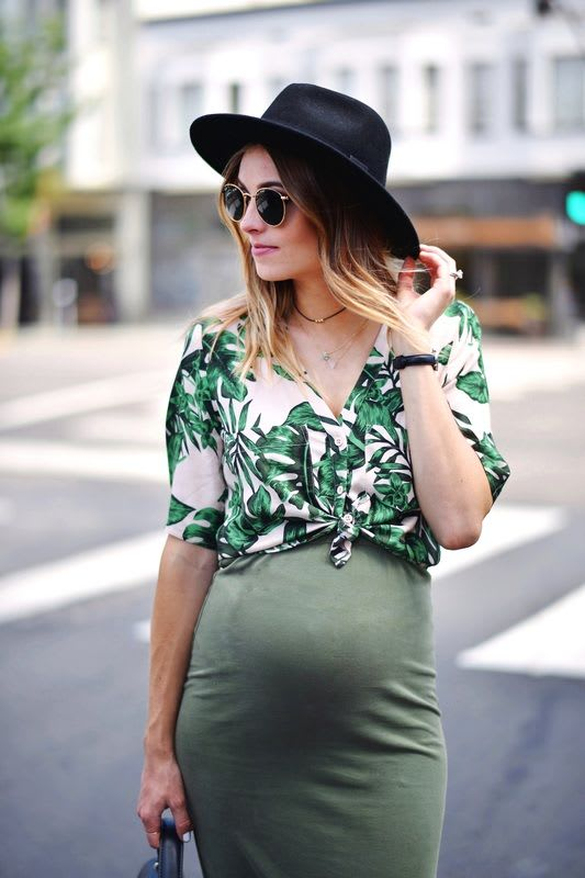 c19fcf1debc00 Hi, this post is dedicated to all the moms around the world that want to  look stylish while they're pregnant. I'm gonna share with you 6 pregnancy  style ...