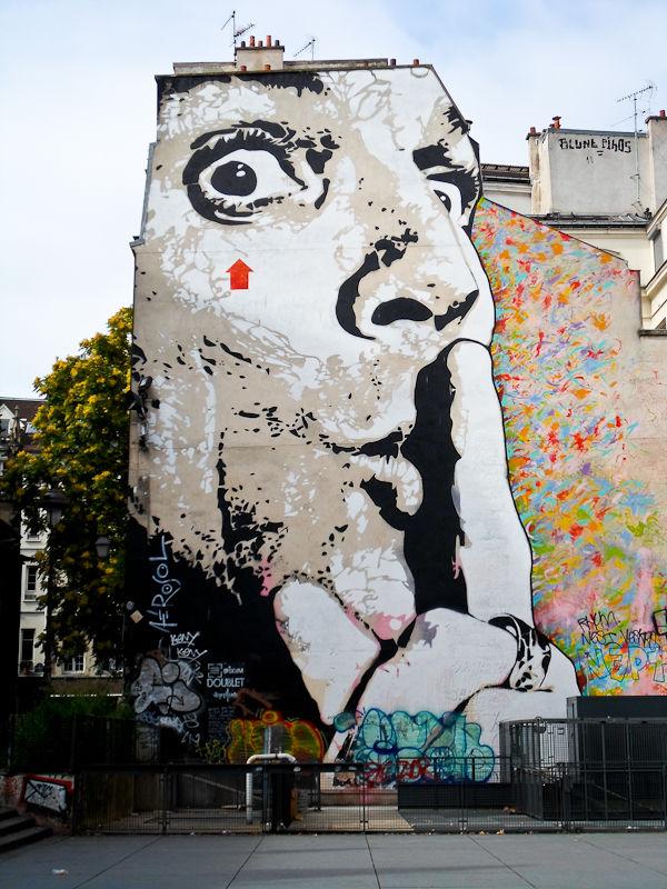 Œuvre Par Jef Aerosol à Paris (Personnages, Collage, Aérosol, Façade d'immeuble, Street Art, Portrait)