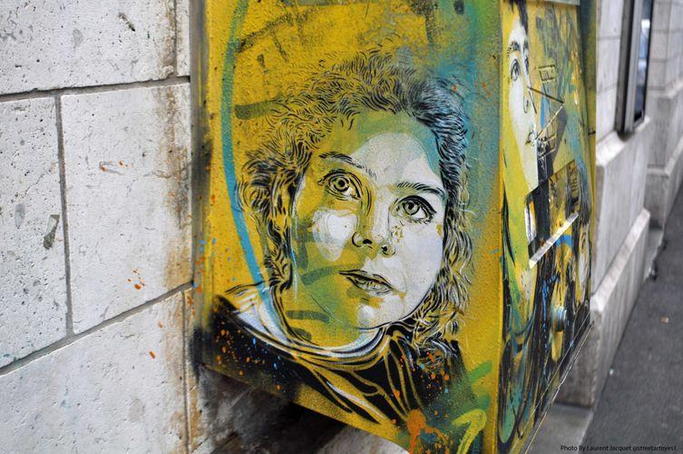 Œuvre Par C215 à Bonneuil-sur-Marne (Collage, Equipement urbain, Street Art, Portrait)