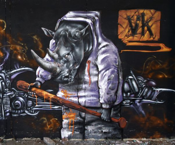 Œuvre Par John Kviar à Arles