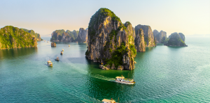 8 Must-Know Things Before Choosing Halong Bay Cruise