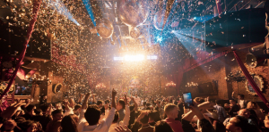 Top 10 Hanoi Bars For Wildest Christmas Party Ever