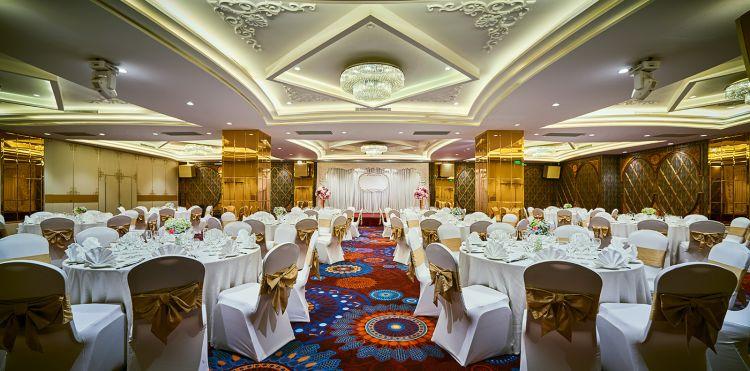 jade-ballroom-white-theme-3-orig_3_orig