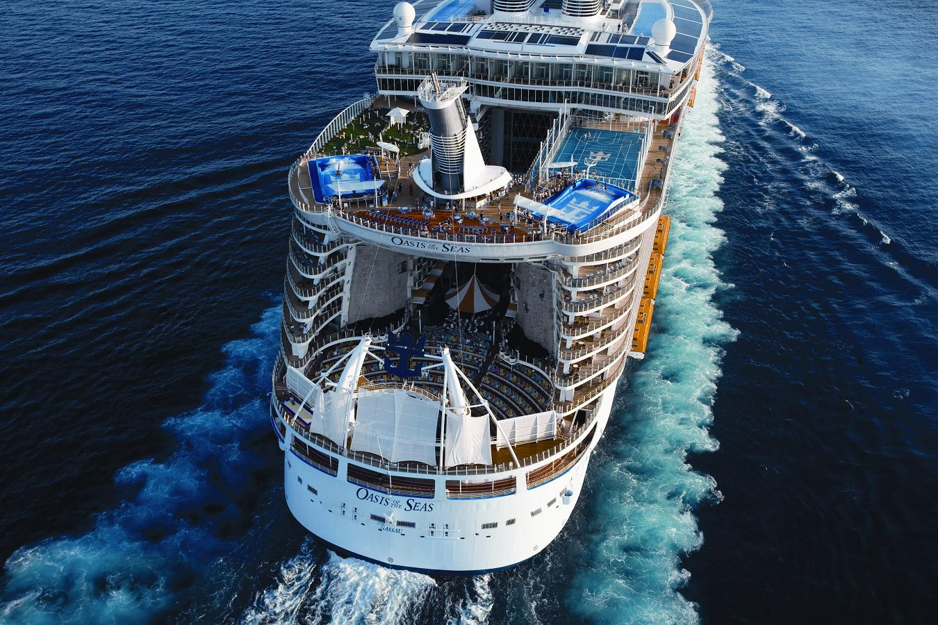 Cruise Planners: Aerial Oasis of the Seas - At Sea off Miami shoreline - Royal Caribbean International
