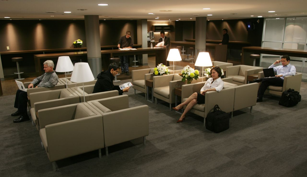 Porter Airlines Lounges