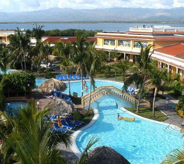 Cheap Cienfuegos Vacation Package