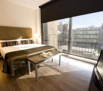 Cheap Barcelona Vacation Package