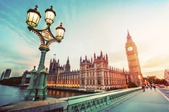 destination 2 london 242x160