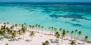 Save up to $400*<br>per family + $50 deposit<br> with Air Canada Vacations<br><br>Expires September 2, 2019