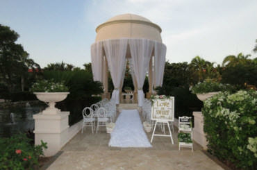 Getting Married in the Dominican at AMResorts