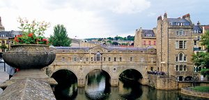 Full Day Stonehenge and Bath Tour