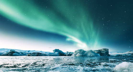 ICELAND'S NORTHERN LIGHTS<br>6-day tour from $2799*
