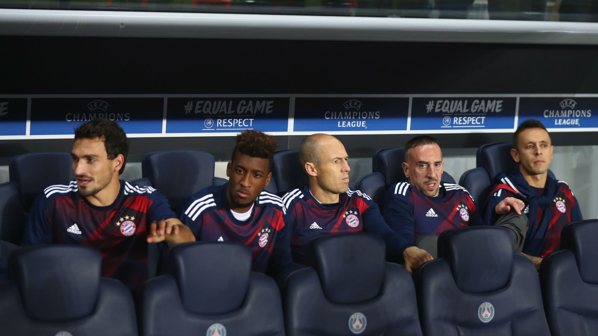 Arjen Robben on the Bayern Munchen bench