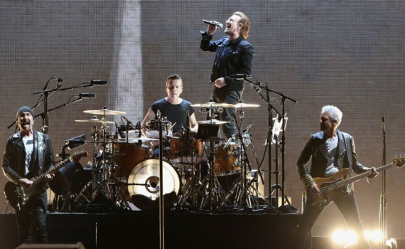 U2 to perform after Argentina's crucial game
