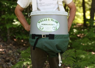 Deluxe Picking Bucket with Harness