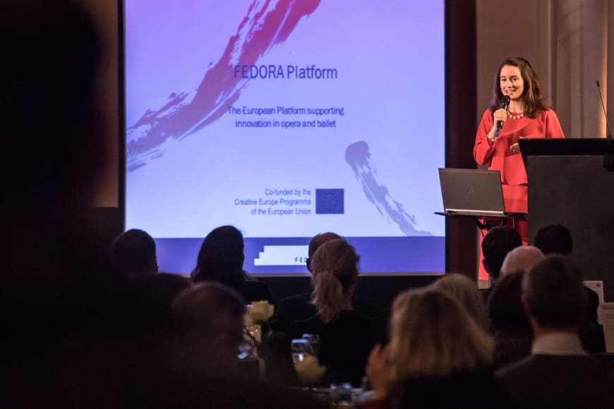 Edilia Gänz, Director of FEDORA, presenting the FEDORA Platform