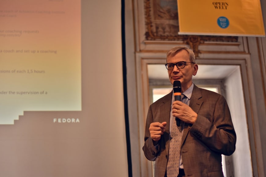 Paul Delahaie launching the Management Coaching Sessions at FEDORA's General Assembly