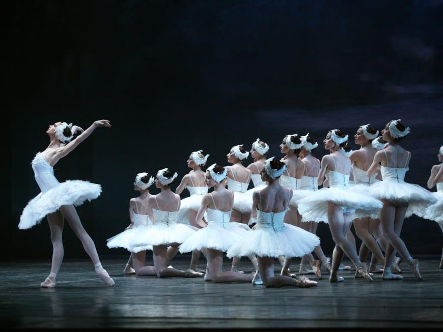 Il lago dei cigniCorpo di Ballo del Teatro di San Carlo Balletto