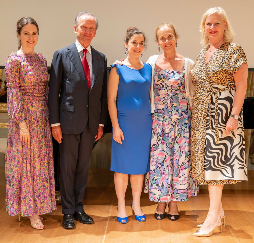(From left to right) Edilia Gänz, Director of FEDORA, Jérôme-François Zieseniss, President of FEDORA, Orianne Vilmer, Cofondatrice & CEO of @La La Fabrique de la Danse, Christine Bastin, Choreographer of Touche le ciel, Barbara Gessler, Head of Unit Creative Europe of the European Commission