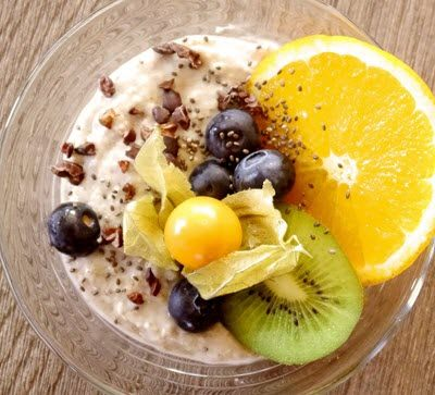 porridge with fruit