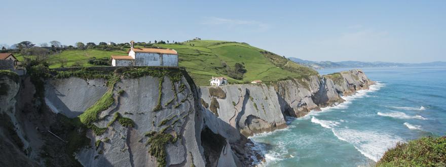 Coastal tour: flysch & txakoli 1