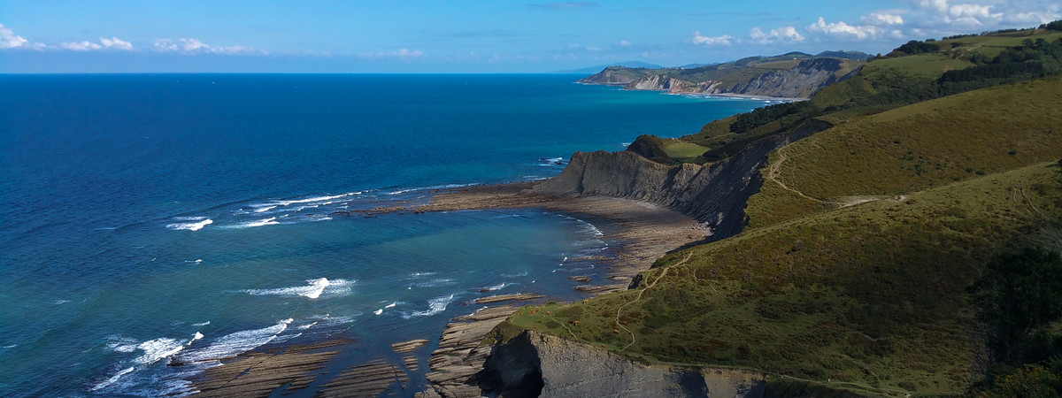 Coastal tour: flysch & txakoli 3