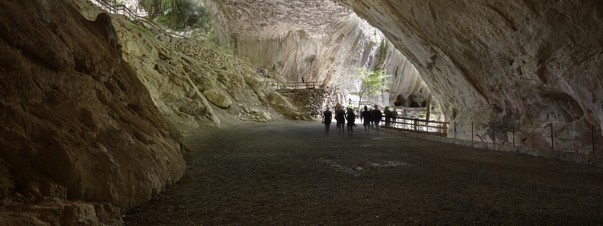 A historical tour of the caves of Zugarramurdi 3