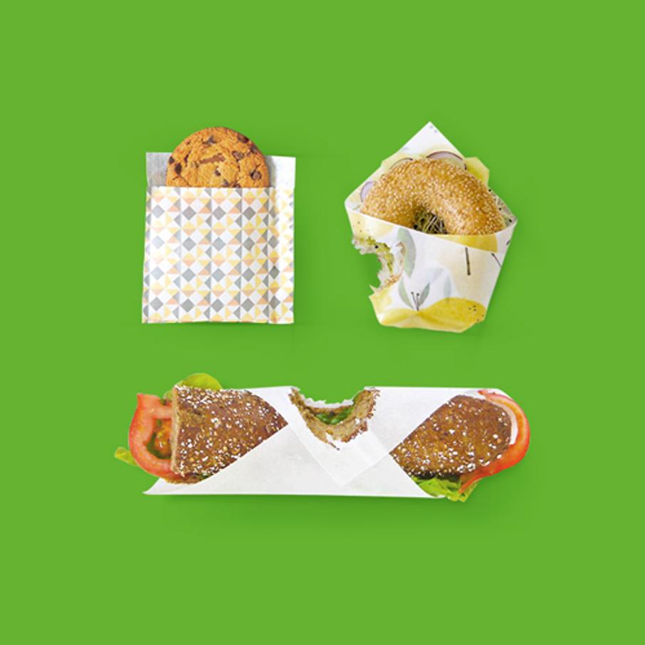 Une image contenant herbe, table, morceau, assisDescription générée automatiquement
